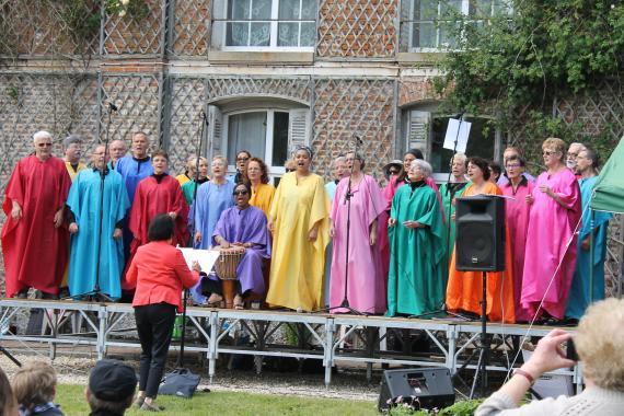 une chorale colorée